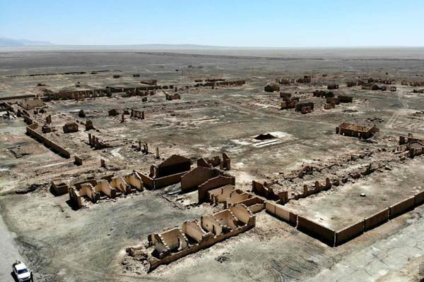 """废墟中的历史 航拍新中国石油""""摇篮""""遗址"""