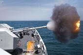 驻港部队056舰火力全开