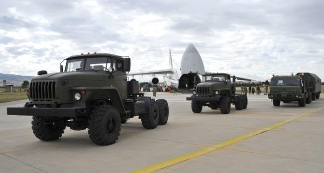 土耳其国防部长:第二批S-400设备27日开始交付