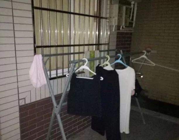 杭州余杭一男子偷女性内衣,还留下低俗字条