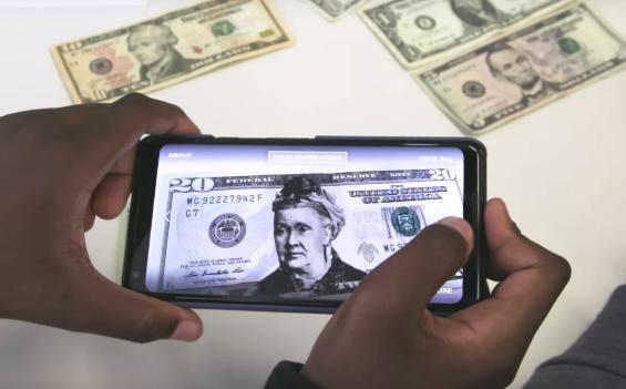 谷歌通过AR解决方案让女性头像出现在美元纸币上