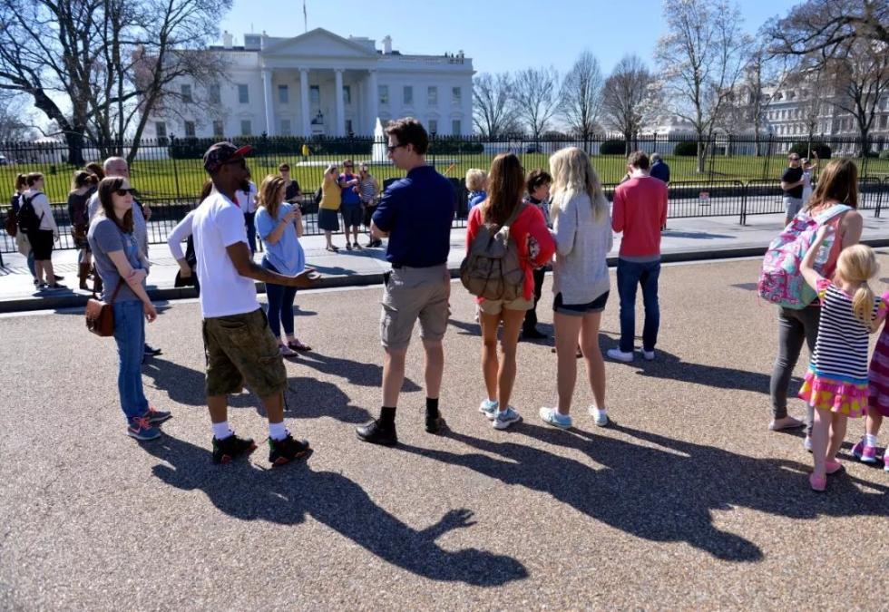 """美国旅游业有点""""凉凉"""" 中国游客真的少了"""