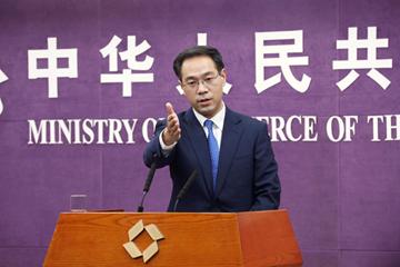 商务部:中国反制手段充足 为防贸易战升级正与美方进行严正交涉