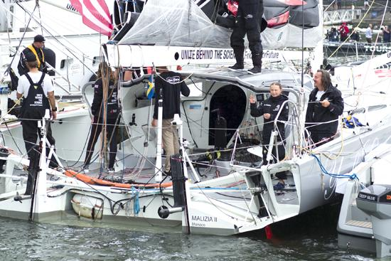 """""""环保""""航行?瑞典""""气候女孩""""乘船15天抵美,但旅程并非那么环保"""