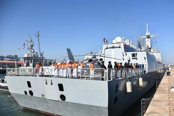 中國海軍第33批護航編隊起航赴亞丁灣