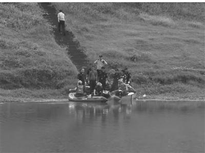 网红凌晨直播捕鱼 数千粉丝目击主播撒网意外溺