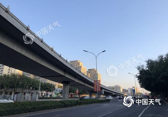 夏日余威 北京未来三天晴到多云最高气温超32℃
