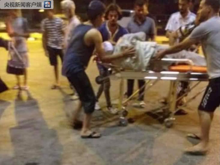 利比亚机场再遭袭 客机受损多人受伤