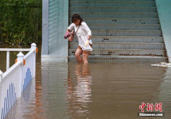 南海热带低压影响华南 未来三天海南广东有大到暴雨