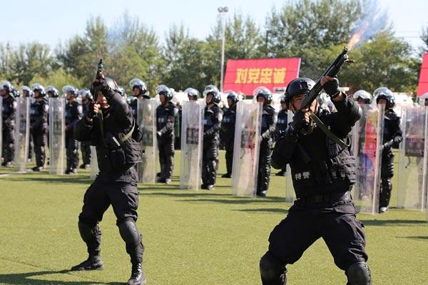銀川:寧夏公安舉行全警實戰大練兵誓師大會