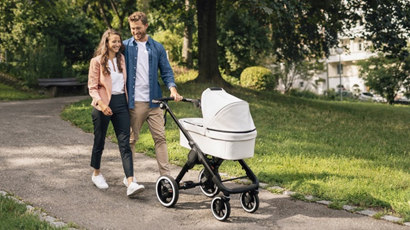 博世展示e-stroller智能婴儿车动力辅助系统