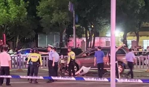 """深圳""""南山大道撞人致3死6伤""""案嫌犯被提起公诉"""