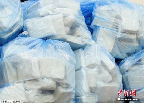 英国港口查获1.3吨海洛因 系历来最大宗走私案