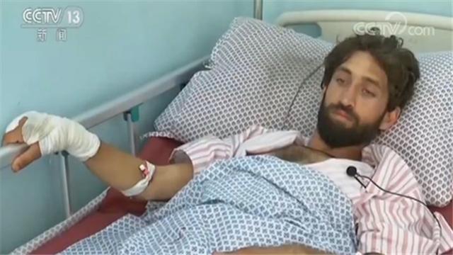 <b>20米的距离!阿富汗爆炸袭击幸存者:房屋颤抖大门被炸坏</b>