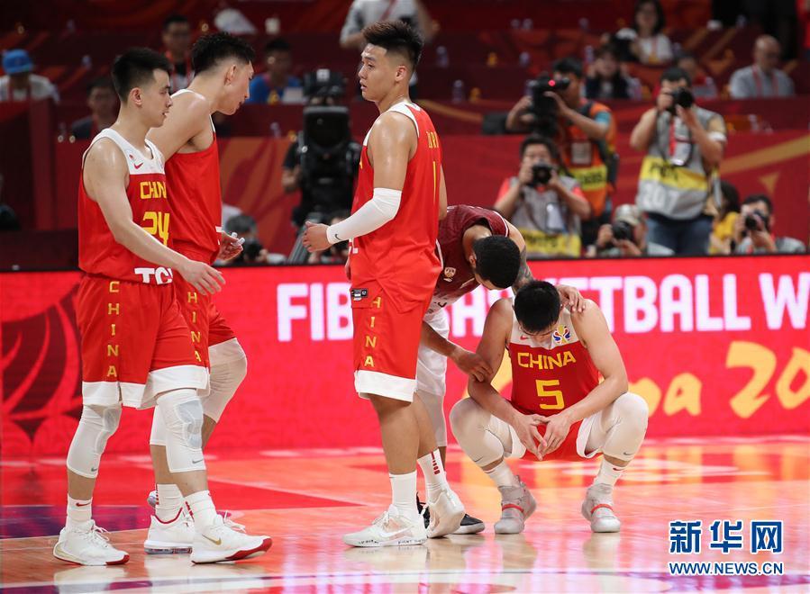 篮板崩溃、外线失准,中国男篮终未跨过那道坎