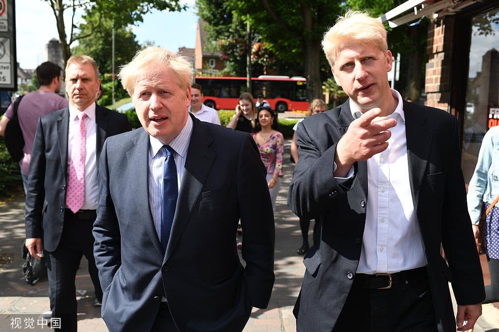 快讯!英国首相约翰逊弟弟辞去国务大臣职务