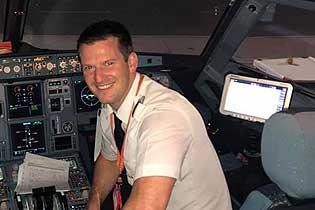 英航班因机长无法登机延误 乘客驾机飞往西班牙