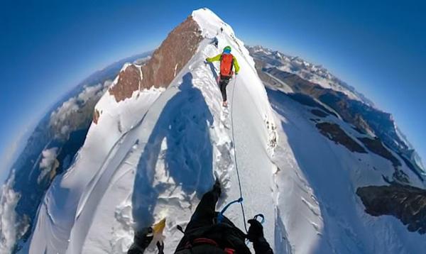 意大利两兄弟徒步攀上阿尔卑斯山第二高峰 记录迷人景象