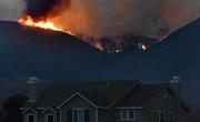 美国加州山火延烧
