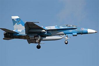 飓风多利安来袭 美军多架战机向内陆紧急转移