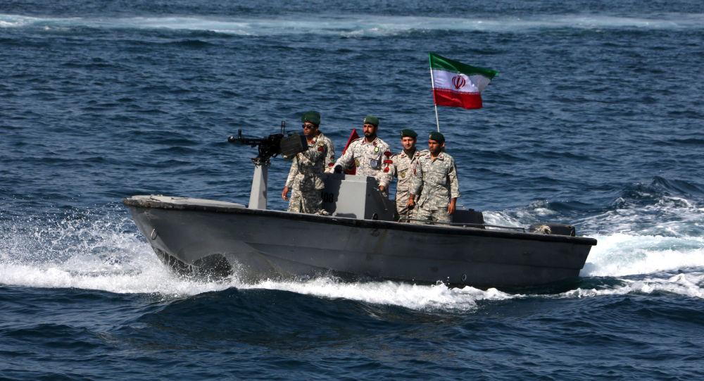 伊朗扣押一艘外国船只及12名菲律宾船员