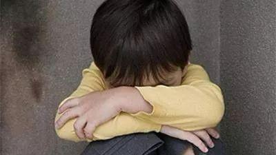 """单身妈妈两次遗弃亲生子,检察机关建议:强制""""补课""""!"""