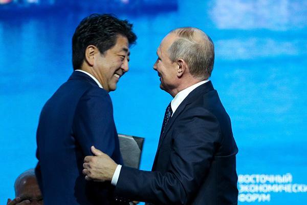 """日媒:日俄领土争端谈判陷僵局,安倍的""""私交牌""""行不通了"""