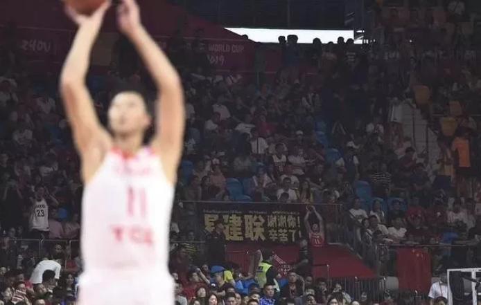 中国男篮遭遇滑铁卢,除了悲情还需思考更多
