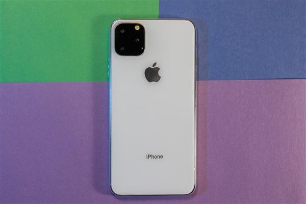 """iPhone 11发布后 李楠:发布会slogan""""致创新""""是高级黑"""