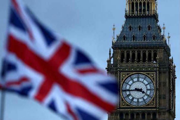 英国新政:留学生毕业后可待两年
