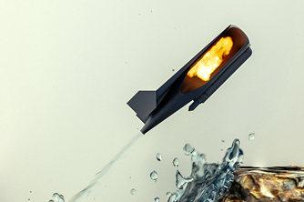 """科学家发明""""飞鱼""""机器人可用于采集水样"""