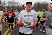 保持长久跑步寿身上命? 看90岁跑者的5个技巧