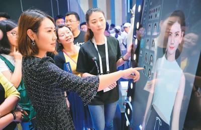 中国服装销量一年减少178.5亿件 时尚变革加速行业细分