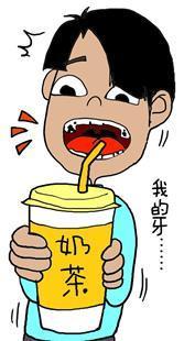 小伙子每天喝饮料牙齿全烂了,女白领刷牙太频繁反致牙缺损,超九成人受口腔问题困扰