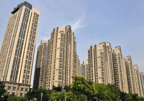 18日南京8家楼盘领销许 2500多套新房上市