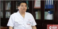 """专访张伟:愿做一名""""铭医"""""""