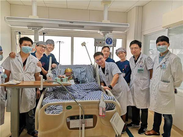 生死72天,人工魔肺助7岁男童渡过难关