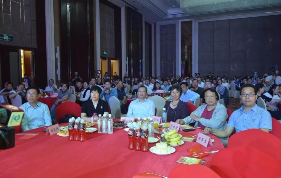 济源市工商联举办文艺晚会献礼新中国70华诞