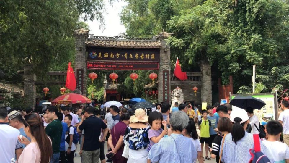游客爆满!广西各景区迎来客流小高峰,到哪都是人人人人人!