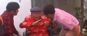 百岁爷爷过生日,长寿秘诀是这个!