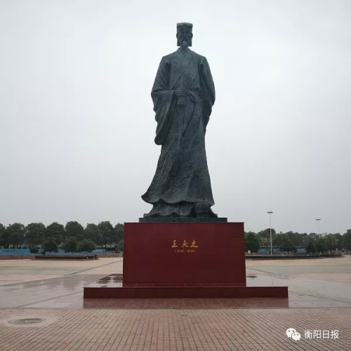 http://awantari.com/caijingfenxi/69248.html