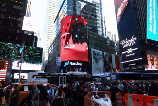 全球聚焦,hamilton汉弥尔敦登上纽约时代广场巨屏