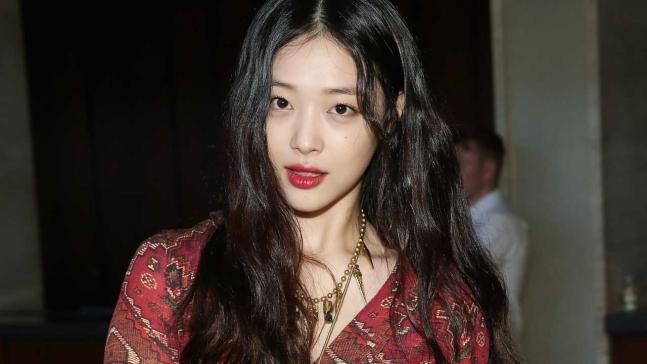 韩国警方将对雪莉进行尸检 并调查其是否患抑郁症