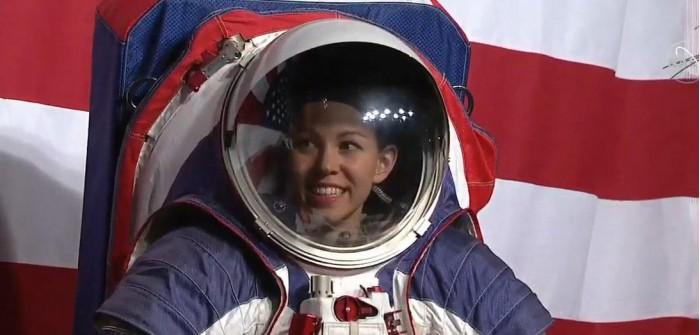 NASA正式公开新宇航服:为未来月球、火星探索任务设计