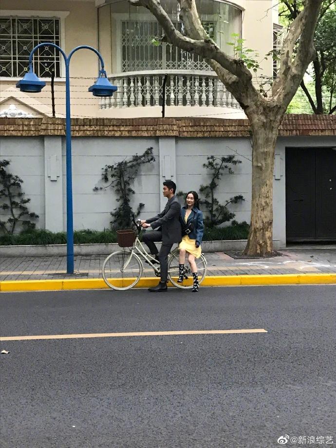 《妻子3》杜江嗯哼远程录惊喜视频为霍思燕庆生