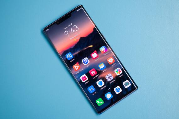 """外媒PhoneArena点评华为Mate 30 Pro:这是智能手机中的""""猛兽"""""""