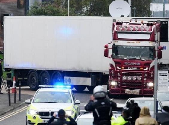 """快讯!越南确认英国""""死亡货车""""39名遇难者全为越南公民"""