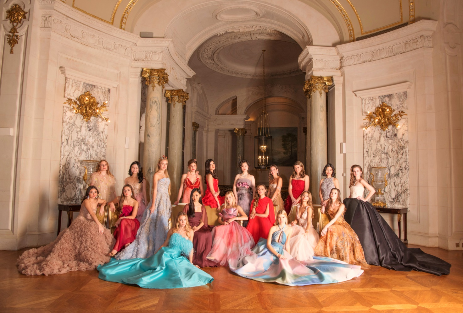 第25届巴黎名媛舞会成功揭幕于巴黎香格里拉酒店