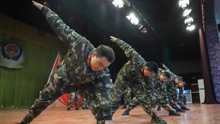 武警贵州总队机动支队心理健康操为官兵减压释负