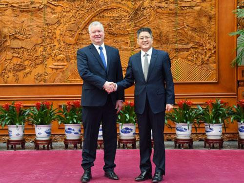外交部副部长乐玉成:中美关系不能被偏执和短视带节奏